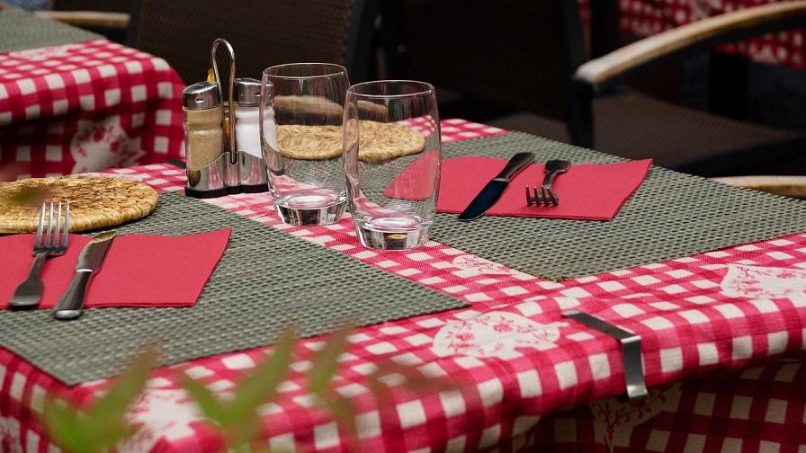 8-2. restaurant-783093_1280