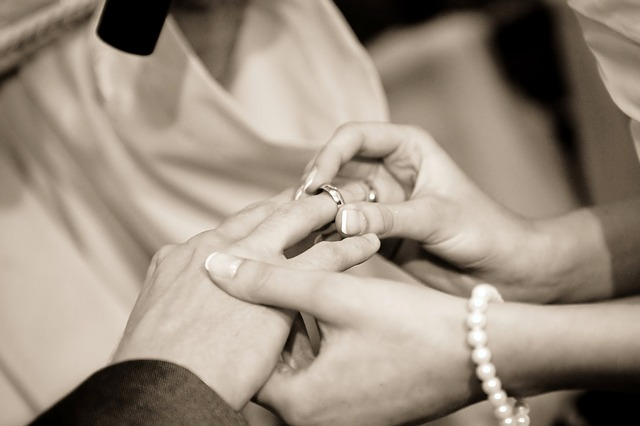 3-1. wedding-322034_640