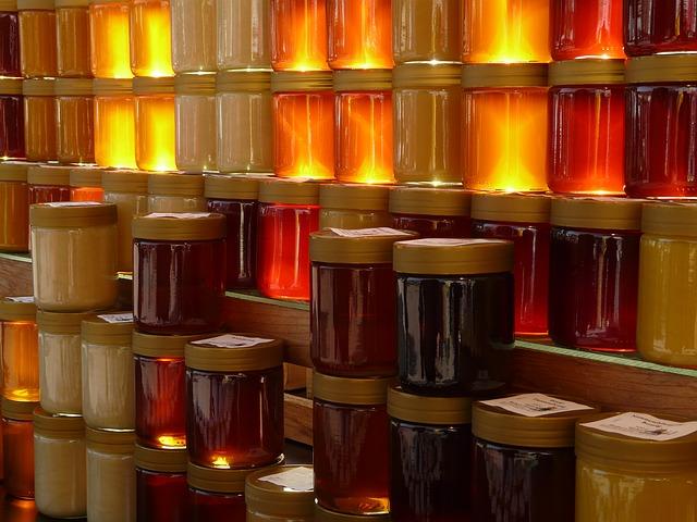10-4. honey-5732_640