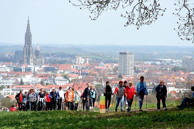 5. nordic-walking-565542_640